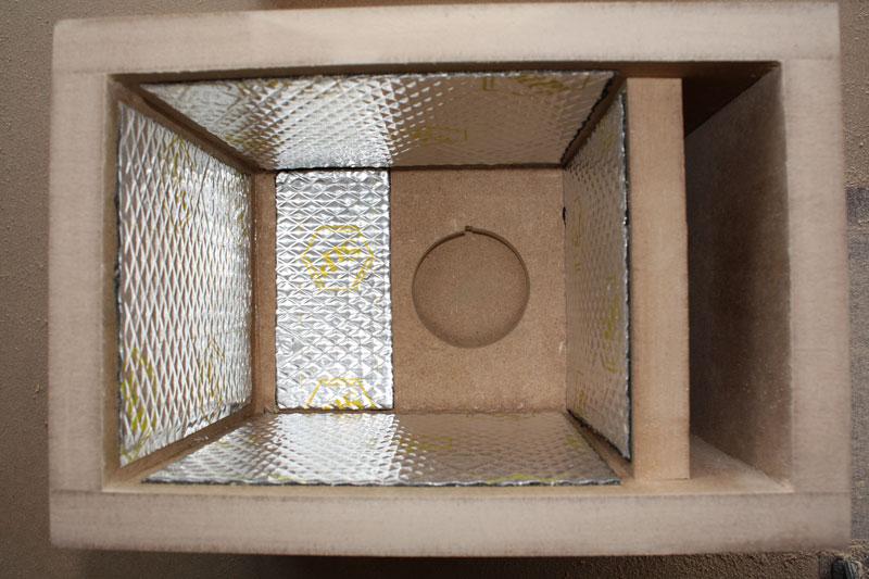 Оклейка внутренностей виброизолятором